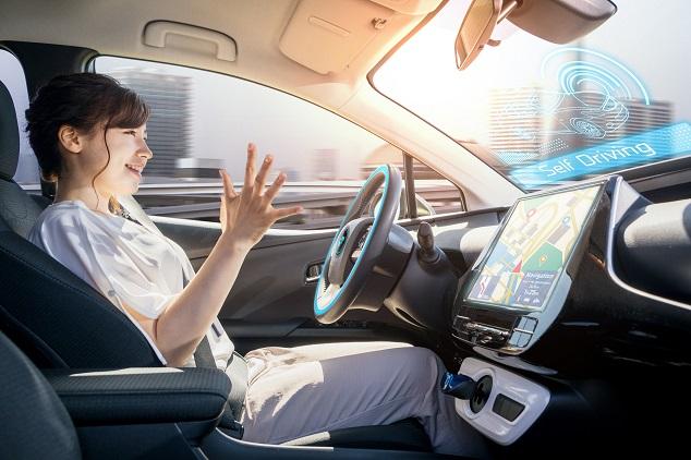 opinioni auto guida autonoma